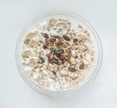 Здоровый завтрак: польза овсянки по утрам