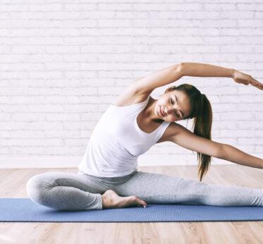 Полезные упражнения из йоги для спины и поясницы: советы тренера