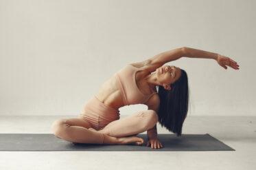 Польза растяжки: главные преимущества стретчинга